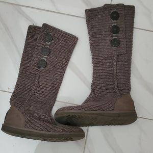 Knitted Ugg